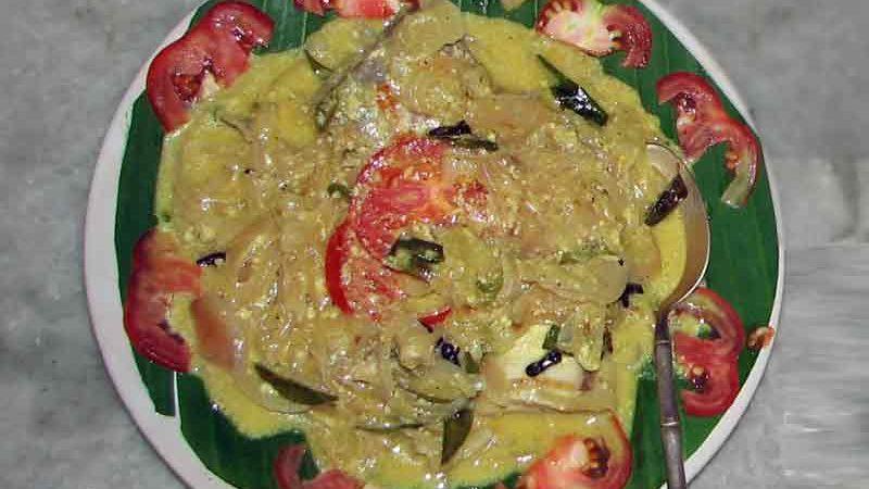フィッシュモーリー 南インド風魚のココナッツミルク煮込み