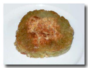 緑豆餅(切る前)