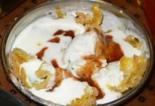 ダヒ・バラ 豆コドーナツのヨーグルトソース