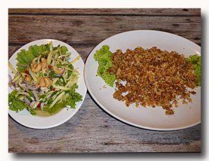 プラーガポンと青マンゴーのサラダ