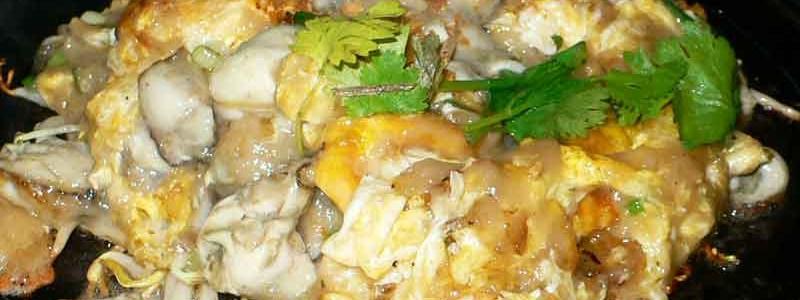 オースワン ออส่วน [タイ風牡蛎と卵の鉄板焼き]