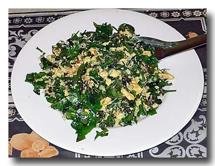 リアンの葉と卵の炒め物