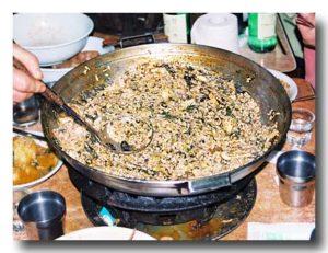 カムジャタンの締め:鍋肌に張り付いたご飯