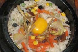 全州石鍋飯(トルソッパッ)돌솥밥 [全州風釜飯]