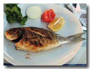 バルク・ウズガラ 焼き魚 タイ