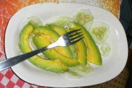 エンサラダ・デ・アグアカテ ensalada de aguacate [アボカドサラダ]