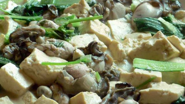 豆腐海蛎子 doufu hailizi [豆腐と牡蛎のうま煮]
