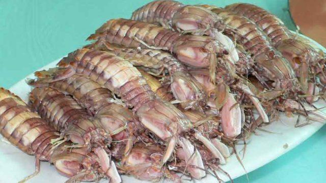 水煮蝦蛄 shui zhu xiagu [茹でシャコ]