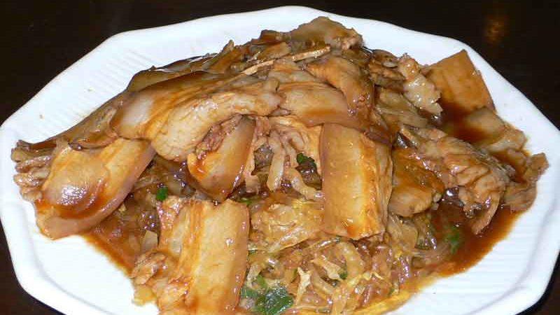 酸菜扣肉粉 suan cai kou rou fen [漬物、バラ肉、春雨の炒め煮]