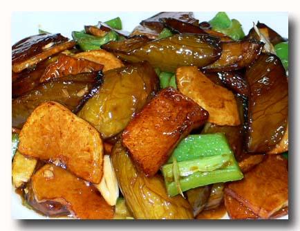 地三鮮 ピーマン、ジャガイモ、茄子の炒め