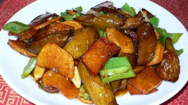 地三鮮 di san xian [三種の野菜の炒め]