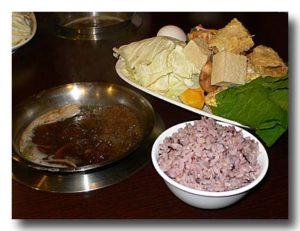 台東県 布農部落の羊肉爐(羊鍋)