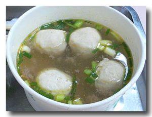 魚丸湯 魚団子のスープ