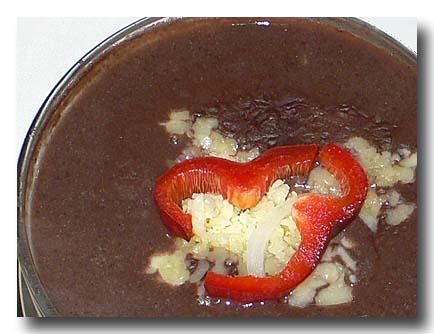 ソパ・デ・フリホレス 黒豆のスープ アップ