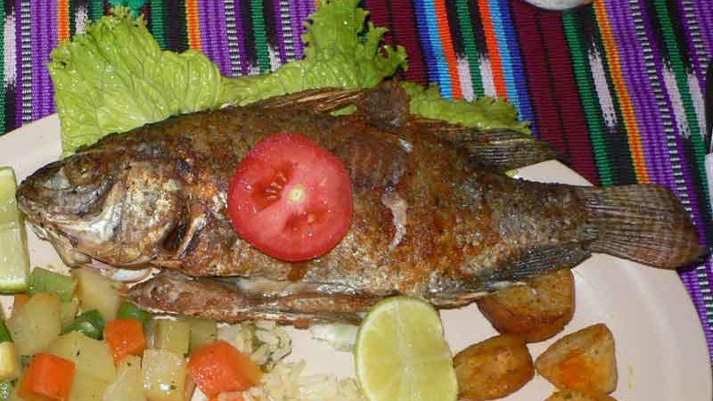 ペスカド・フリート pescado frito [魚のフライ]