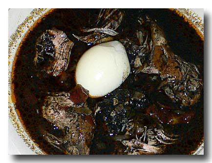 パポ・エン・レジェノ・ネグロ pavo en rellono negro 七面鳥の黒ソース煮込み