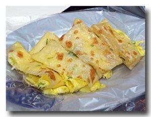蛋餅 卵焼きのクレープ包み
