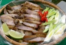 石板山猪肉 shí bǎn shān zhū ròu [豚の石板焼き]