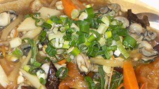 油條鮮蚵 yóu tiáo xiān hé [牡蠣と油条の煮込み]