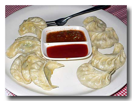 ベジ・チーズ・モモ チベット風餃子