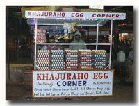 カジュラホのエッグスタンド(屋台)
