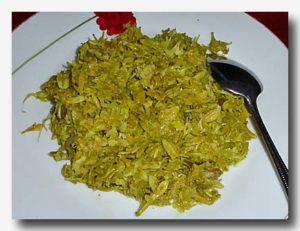 ブンガ・ペパヤ ゴレン パパイヤの花の炒め物