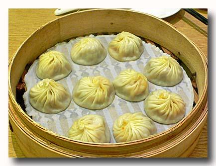 小籠包 xiao long bao [ショーロンポー]