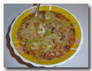 スプ・チョト sup coto 牛の内臓のスープ