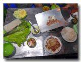 ボー・ヌオン・ンゴイ 焼き肉を焼いているところ