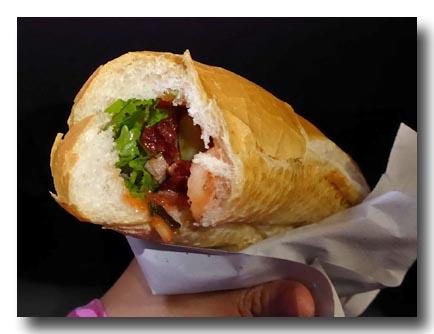 バインミー ベトナム風サンドイッチの中身